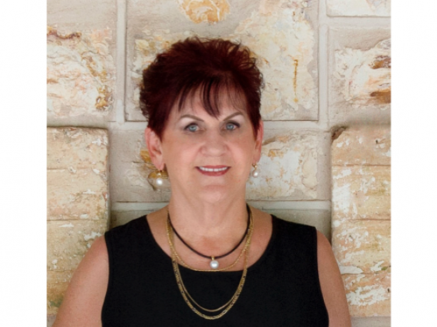 Get to know Gennie Cox of Elders Real Estate Darwin